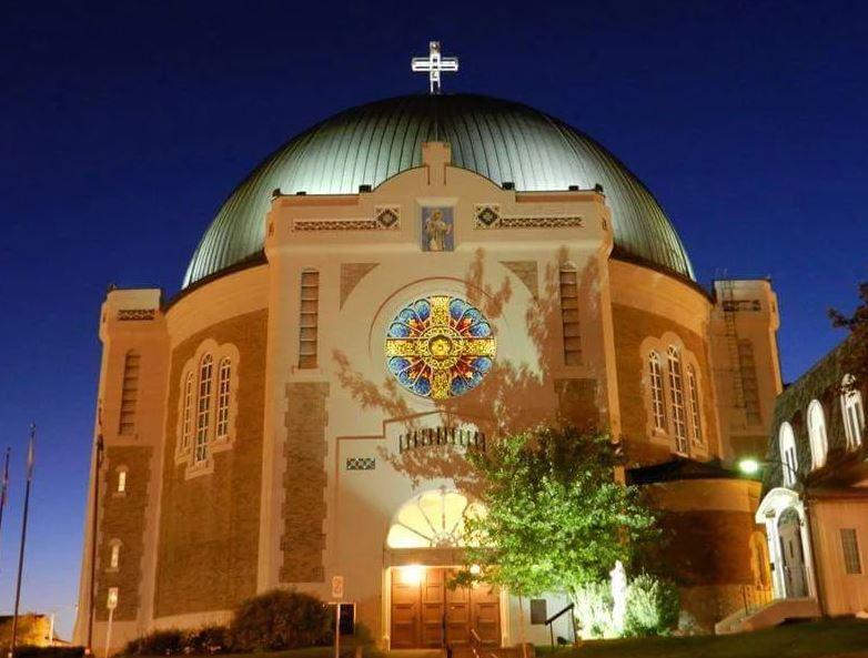 L'installation d'Amos de Résolu verse 10 000 $ à la Fondation Héritage de  Cathédrale d'Amos